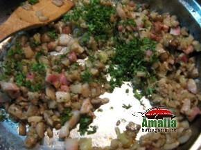 Ciuperci umplute cu sunca si legume (IMG 6242 116 290x217)   imagine reteta