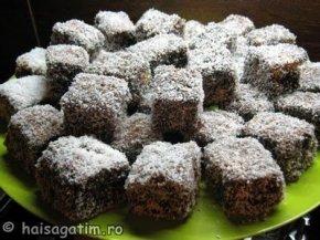 Exemplu de platou prajitura tavalita in nuca de cocos