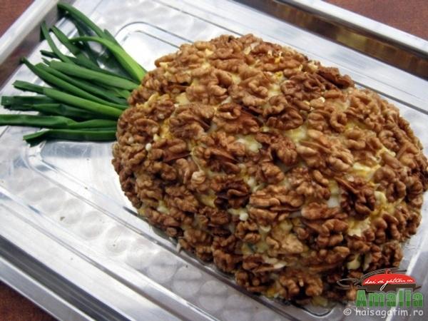 Aperitiv Salata ananas de pui (aperitiv ananas)   imagine reteta