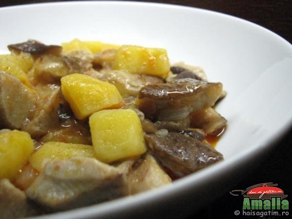 Tocanita de cartofi cu ciuperci (tocanita0)   imagine reteta
