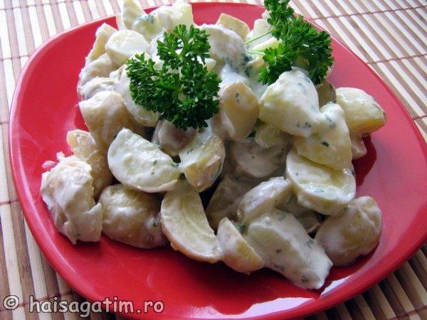 Salata de cartofi cu sos de iaurt (IMG 60371)   imagine reteta