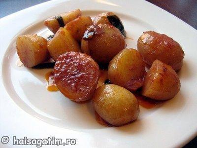 Garnituri   Cartofi noi in sos de vin (car1)   imagine reteta