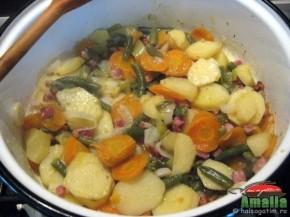 Mancare cu legume si bacon (mancarecubacon1 290x217)   imagine reteta
