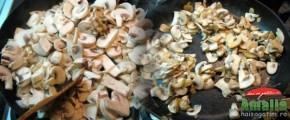 Piept de pui la gratar cu ciuperci si cascaval (pieptdepui1 290x120)   imagine reteta