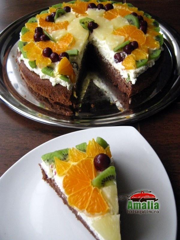 Tort simplu cu branza de vaci (tort cu branza de vaci 0)   imagine reteta