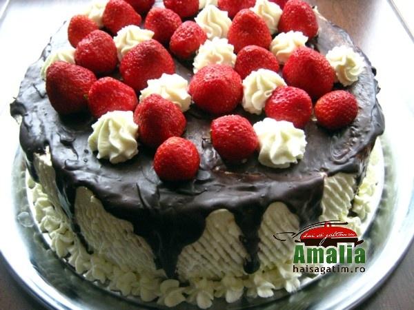 Tort cu jeleu de capsuni si crema de unt (Tort cu jeleu de capsuni 9)   imagine reteta