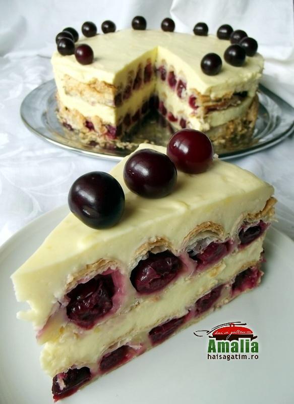 Tort cu visine sau cirese (Tort cu visine 00)   imagine reteta