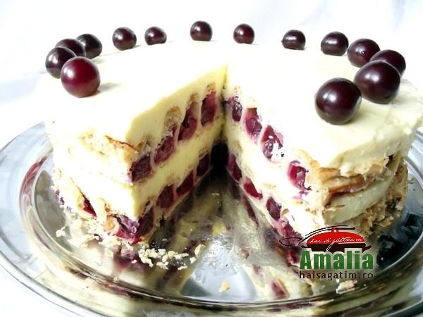Tort cu visine sau cirese (Tort cu visine 02)   imagine reteta