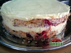 Tort cu visine sau cirese (Tort cu visine 6 290x217)   imagine reteta