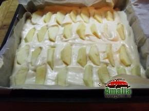 Prajitura cu mere si branza de vaci (blat1 290x217)   imagine reteta