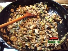 Broccoli cu ciuperci la cuptor (Broccoli cu ciuperci la cuptor 2 010 290x217)   imagine reteta