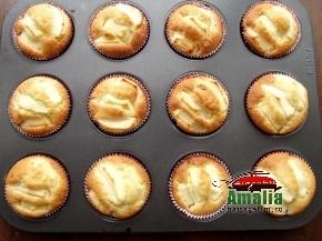 Muffins cu mere 4