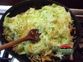 Mancare de pui cu sos de dovlecei 4