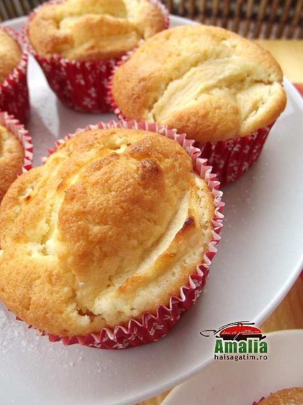 Muffins cu mere 5