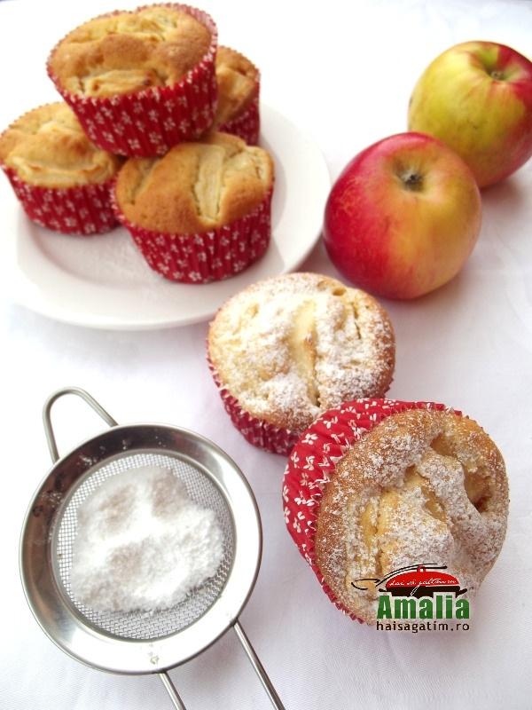 Muffins cu mere 1