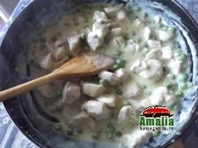 Pui la cuptor cu piure de cartofi 2