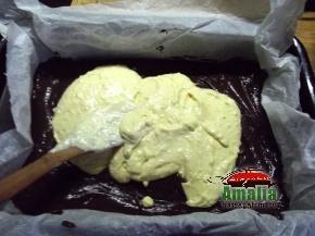 Negresa cu fructe de padure si branza de vaci  8
