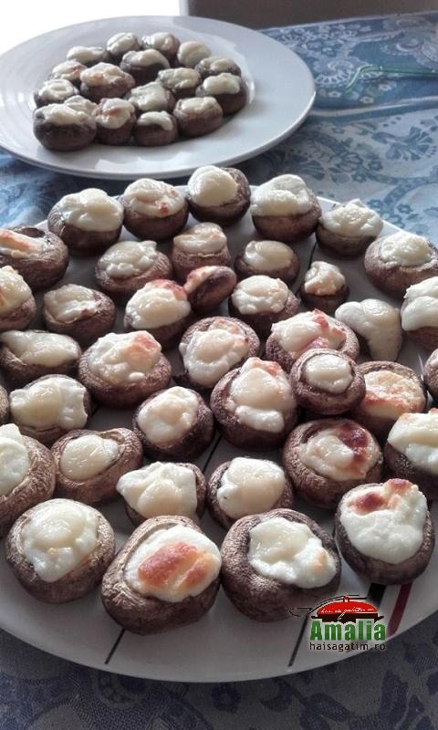 ciuperci umplute cu branza  2