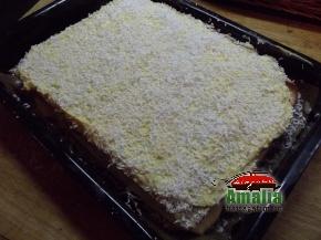 Prajitura cu mac si crema de vanilie  11