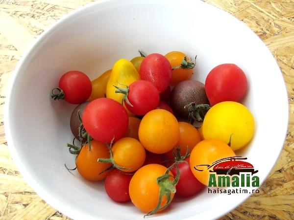 Salata de vara cu porumb, rosii si avocado 2