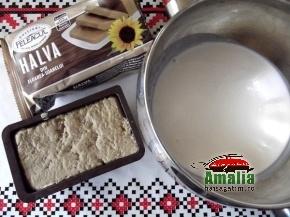 Tort-cu-mousse-de-halva-mousse-1