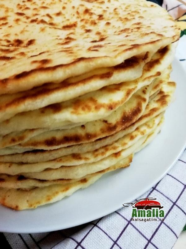 Turte-cu-branza-si-iaurt-1